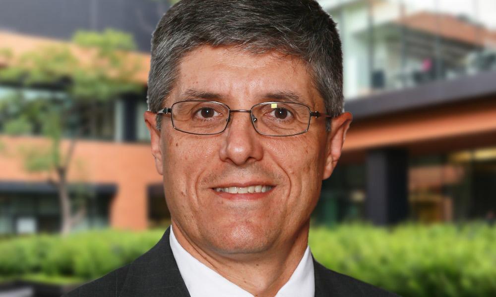 Dr. Pere Paton